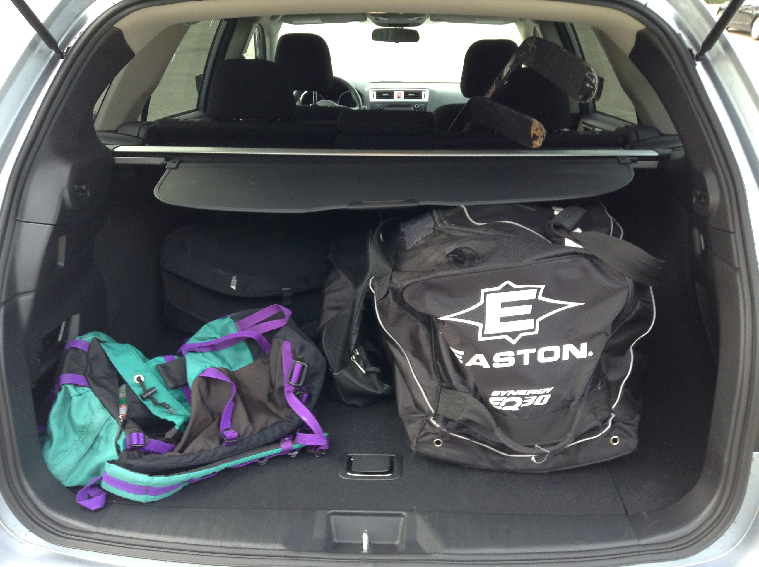 Note the ten inches of so of space between the Easton bag and the edge of the cargo area - impressive stuff.