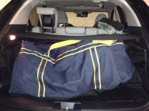2016_honda_hr-v_ex-l_navi_awd_hockey_bag_test